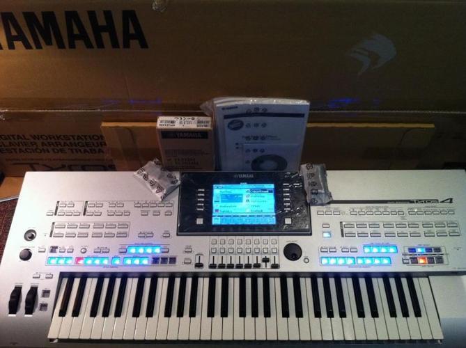 Yamaha Tyros4 Keyboard for Sale in Adak, Alaska Classified
