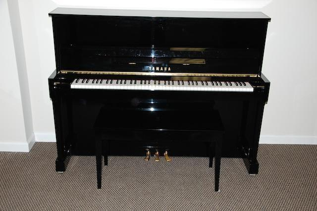 Yamaha upright piano model t116 for sale in fishkill new for Yamaha upright piano models
