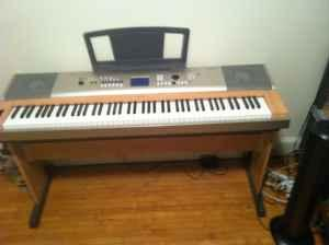 Yamaha ypg 635 electric piano for sale in duluth for Yamaha clp 635 review