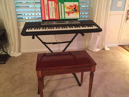 yamaha ypt 240 piano for sale in seattle washington. Black Bedroom Furniture Sets. Home Design Ideas