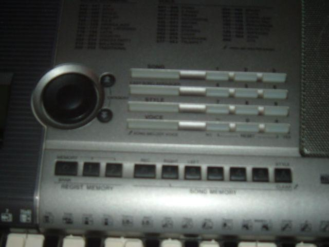 YPT-400 Yamaha Portable Electronic Keyboard