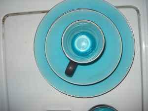 ZaZen Crackle 16-pc. Dinnerware Set - Turquoise-BRAND & ZaZen Crackle 16-pc. Dinnerware Set - Turquoise-BRAND NEW - (Andrews ...