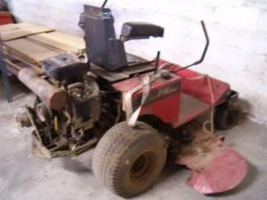 Zero Turn Lawn Mower - $1800.00 (Dover, DE)