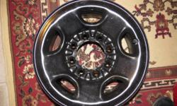 >>>> 1-USED 16'' STEEL WHEEL FOR HD TRUCKS / 8-LUG FOR 3/4 AND 1-TON GM TRUCKS. I HAVE A STEEL WHEEL FOR SALE ......... IT IS A 16'' // STEEL RIM THAT FITS ALL 3/4 TON (2500) AND 1-TON (3500) ---- PIC