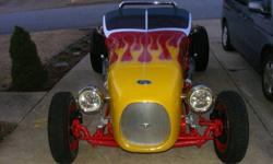 1927 Ford Roadster Track TThis is a 1927 Ford Track T Roadster that is a blast to drive. The car is low and very responsive with plenty of power. The car has 212 miles on it since completed. The fiber