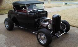 1932 Ford Roadster for sale (TX) - $33,900. '32 Ford Roadster Hot Rod Convertible. RWD. Clean title. 9,500 miles given that restoration in 1990. Black outside paint with Cloth top. Red vinyl interior.