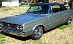 Just by looking at the pictures you can tell this Coronet is First Class Condition All lines in the body are symmetrical and the frame is straight as an arrow Color is Satin Jade Pearl, as a base coat