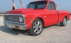 Condition: Used Outside color: Red Interior color: Black Transmission: Automatic Fule type: Gasoline Engine: 8 Vehicle title: Clear Physique: Pickup Truck Standard equipment: CD Player, Air Conditioni