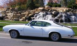 1970 Oldsmobile 442 ..Numbers Matching ..455cid/365hp V8 Rocket Engine ..500 LB.FT Torque ..Engine Upgraded which was/ ..Available from 1968 thru 1976 ..4-Speed Manuel Transmission ..AM/FM CD Player .