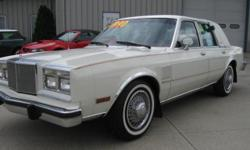 Options Included: Air Conditioning, Alloy Wheels, AM/FM, Cassette, Cruise Control, Owners Manual, Power Locks, Power Mirrors, Power Seats, Power Steering, Power Windows, Rear Defroster, Tilt WheelThis