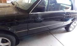 A real good deal for do it your self owner, A Beautiful Black 325is , Body is a 9 out of ten!, Nice interior, one small ding on driver front fender the (Dent Dr. can fix it easily) Automatic trans., s