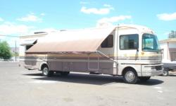 1993 Fleetwood Bounder Model: JD DIESEL CLASS A MOTOR HOME 35 FT OSHKOSH CHASSIS Powered By CUMMINS 5.9L 290 HP REAR ENGINE DIESEL 4- Speed Transmission Odometer: 93,830 Sleeps up to 6 Vehicle ID Numb