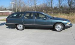 J65AI: Estate trim. Spruce Green exterior. Extra Clean. 3rd Row Seat, Panoramic Roof, Alloy Wheels. AND MORE!======KEY FEATURES INCLUDE: Third Row Seat, Panoramic Roof, Aluminum Wheels. Remote Trunk R