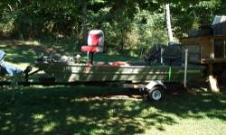 1996 14' SMOKER-CRAFT FISHMASTER JOHN BOAT, MODEL 1432J-NO MOTOR,COMES WITH TILT TRAILER, TRAILER HAS NEW LIGHTS AND WIRING HAS NEW CARPET, WITH CASTING DECK AND STORAGE COMES WITH 2 NEW LIFE JACKETS-