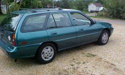 1998 FORD ESCORT WAGON / AUTOMATIC / ICE COLD AIR and GOOD HEATER / POWER STEERING/POWER LOCKS / RUNS AND DRIVES VERY VERY GOOD / 97,000 MILES / NO RUST / 4 NEW MICHELIN TIRES / NO RUST ON THIS CAR /