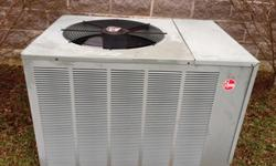 """Rheem RPNL-030JAZ CLASSIC SERIES 2.5 TON, 13 SEER heat pump. Manufacture date 8/2007.Removed from my home in good working order. Dimensions 45""""Lx31.5""""Wx29""""H. Requires 220 volt electrical circuit. Plea"""
