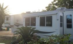 This is a 2000 Avion by Fleetwood 38ft 5th wheel Travel Trailer! In great condition. Has a refrigerator, air conditioner and heat, 3 slide outs and even has a washer and dryer. Avion was the top of th