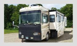 39' 350 cat pusher- Allison 6 speed auto tran-engine retarder. rear camera. Unit has 4 slide outs, washer, dryer, full size freezer on top and ice maker. Large gas stove with 3 burners. 2 kitchen sink