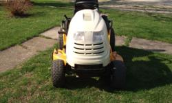 18 HP Briggs & Stratton Engine. This unit runs and operates as it should, no issues whatsoever. 42 inch Mulching Deck with water washing feature. It has just been serviced and is ready to mow! Also ha