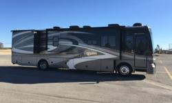 2008 Fleetwood Discovery 39R Freightliner Chassis * Cummins 350 HP Triple-Slide (1 is Full Wall Slide) * 56,845 Miles . 2008 Fleetwood Discovery 40R. 350HP Turbo, 6 Speed Allison Transmission, Freight