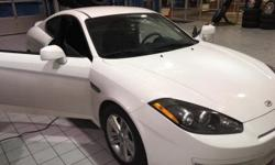 BLACK FRIDAY SAVINGS NOW! Eisinger Honda is pleased to offer this 2008 Hyundai Tiburon. GS Captiva White Local Trade. Odometer is 36524 miles below market average! 27/20 Highway/City MPG  |Excellent s