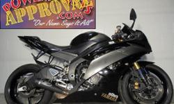 2008 Yamaha R6 Crotch Rocket for sale only $6,400! Raven edition, LED taillight with intergrated rear turn signals, Flush mount front turn signals, tinted windscreen and the M4 exhaust makes this R6 s