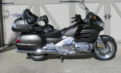 This bike is in excellent mechanical and cosmetic condition. Standard Features: XM Radio, XM NavTraffic, XM NavWeather with Doppler Radar, Tire Pressure Monitoring System (TPMS), Navigation System wit