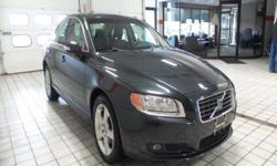Pre-auction used vehicle at Northtown Volvo of Buffalo 8135 Main Street Williamsville, NY 14221  Options:
