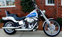 2010 Harley Davidson Softail Custom Garage Kept, In New Condition Beautiful Two Tone White Pearl And Black Ice Pearl Paint Never Laid Down Or Wrecked!! No Dents, Dings Or Scratches!! Bike Is All Stock