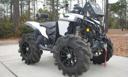 2011 Can Am Renegade 800r, this atv is tricked out to the max. It has a rubber down custom bumper with the radiator re locator, rubber down custom lift, snorkel kit, dalton clutch kit, brand new outla
