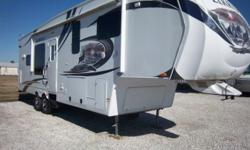 Heartland Elkridge 29RKSA MFG 9/2010 VIN=5SFRG292XBE227041 Very nice Fifth Wheel for sale. Awesomely comfortable layout, walk-through bath, spacious kitchen and living areas... long term living or sho