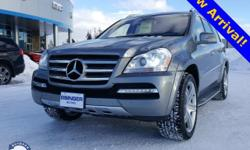 GL550 4MATIC Priced below KBB Fair Purchase Price! Palladium Silver Metallic 5.5L V8 DOHC 32V Non Smoker!, One Owner!, iPhone Integration / Apple Carplay, AWD / 4wd/ 4x4, Sunroof / Moonroof / Roof / P