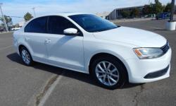 Automax Norman is very proud to offer this wonderful-looking 2011 Volkswagen Jetta, **ACCIDENT FREE CARFAX**, and **BLUETOOTH, HANDS-FREE**. 6-Speaker Sound System and Power moonroof. AutoMax in Norma