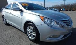We are excited to offer this 2013 Hyundai Sonata. Your buying risks are reduced thanks to a CARFAX BuyBack Guarantee. The less money you spend at the pump, the more money you'll have to spend on you.