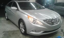 The quintessential one owner vehicle. Controls are as clear as day. Are you still driving around that old thing? Come on down today and get into this terrific 2013 Hyundai Sonata! Buying a car with nu