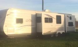 This Jayco Jay Flight isbLike New Used Only 60 Days and The Travel Trailer Has Never Been Hauled Anywhere. There is only one owner the Original Owner., Included is a 10 Year Bumper To Bumper Extended