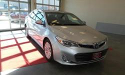 DYNAMIC RADAR CRUISE CONTROL***CARFAX CLEAN ONE OWNER***LIMITED***Welcome to Phil Meador Toyota. Our team strives to make your next vehicle purchase hassle free. the Avalon Hybrid has gone through a s