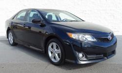 FUEL EFFICIENT 35 MPG Hwy/25 MPG City! Very Nice. Moonroof, Nav System, Bluetooth, Aluminum Wheels, 8-WAY PWR DRIVER SEAT, NAVIGATION DISPLAY AM/FM STEREO W/CD.. NAVIGATION DISPLAY AM/FM STEREO W/CD P