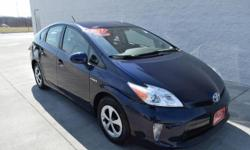 Smart Toyota of Quad Cities has a wide selection of exceptional pre-owned vehicles to choose from, including this 2013 Toyota Prius. This 2013 Toyota Prius has great acceleration and wonderful styling