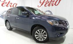 2014 Nissan PathfinderClean CARFAX.26/20 Highway/City MPG  Options:  2-Stage Unlocking|Abs Brakes (4-Wheel)|Adjustable Rear Headrests|Air Conditioning - Air Filtration|Air Conditioning - Front - Autom