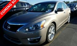 Who could say no to a truly fantastic car like this wonderful 2015 Nissan Altima? This Altima is nicely equipped with features such as ABS brakes, Alloy wheels, Compass, CVT with Xtronic, Electronic S