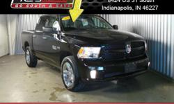 Excellent Condition, ONLY 18,036 Miles! FUEL EFFICIENT 21 MPG Hwy/15 MPG City! QUICK ORDER PACKAGE 26C EXPRESS, Tow Hitch READ MORE!KEY FEATURES INCLUDE4x4, iPod/MP3 Input MP3 Player, Privacy Glass, C
