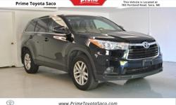 Toyota Certified! Carfax One Owner!  2016 Toyota Highlander LE V6 in Midnight Black Metallic!! With these sought after options All Wheel Drive, MP3- USB / I-Pod Ready, Hands Free Calling, Back Up Came