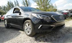 ** NEW ARRIVAL! **, SHOWROOM CONDITION, and NONSmoker. There's something for everyone. Unrivaled. This beautiful-looking 2017 Hyundai Sonata is the rare family vehicle you are looking to get your hand