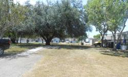 Seamist is a manufactured community located in a country setting in Corpus Christi. The community is minutes away from Del Mar college , shopping, hospitals, dining, entertainment and parks.   The community boasts of large lot sizes , plenty of shaded