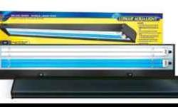 """USED FOR 6 MONTHS. GREAT REEF LIGHT, CORALS LOVE IT. PAID $225 A YEAR AGO. TEXT ME @ 215-989-5299 36"""" Coralife Lunar Aqualight Deluxe Series - Double Linear Strip with 1-96 watt Actinic and 1-96 watt"""