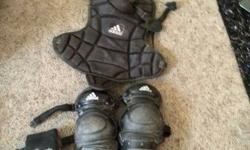 Adidas catchers gear black, used for 1 season. For ages 10-12.
