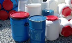 food grade containers used once to transport food products. We carry a wide selections of small to large containers closed top or open top with resealable lids. (15 gallon to 55 gallon barrels and 275