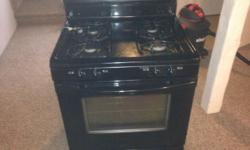 Black Frigidaire gas over, needs some cleaning. Asking $150, negotiable. Although it needs to be cleaned it is in perfect working condition.