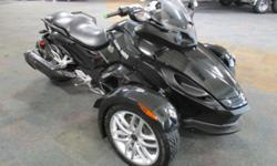 CLEAN 2013 CAN-AM SPYDER RS SM5 WITH ONLY 6,863 MILES! Features include: 100 hp/998cc liquid cooled Rotax V-Twin engine w/EFI, 5-speed manual transmission w/reverse, belt drive, Brembo brakes w/ABS, 6